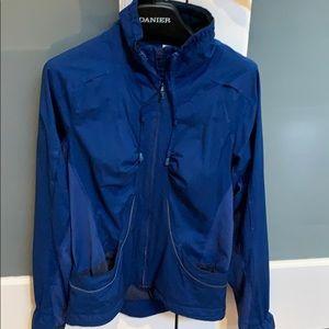Lululemon size 4 jacket running jacket